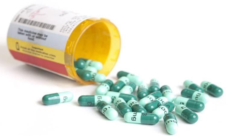 Who Invented Antibiotics